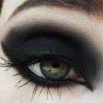 Eyeshadow_Coffin Critters_02